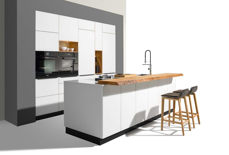 csm_designerkueche-linee-farbglasfronten-team7_926a60d948